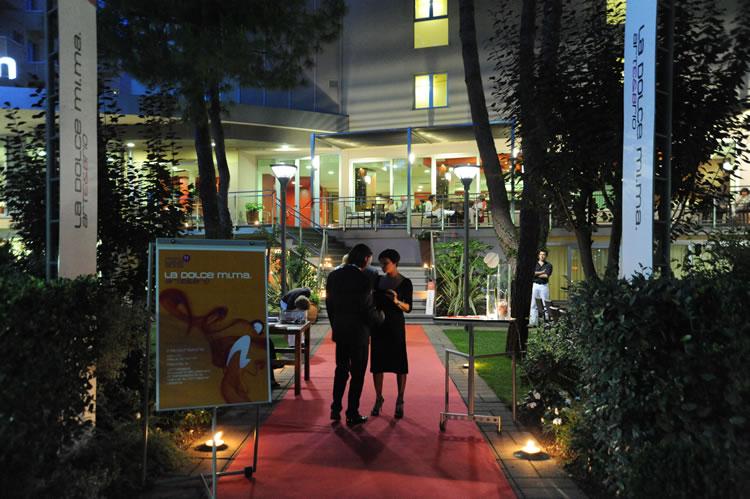 3hotel-embassy-boston-milano-marittima-giardino3